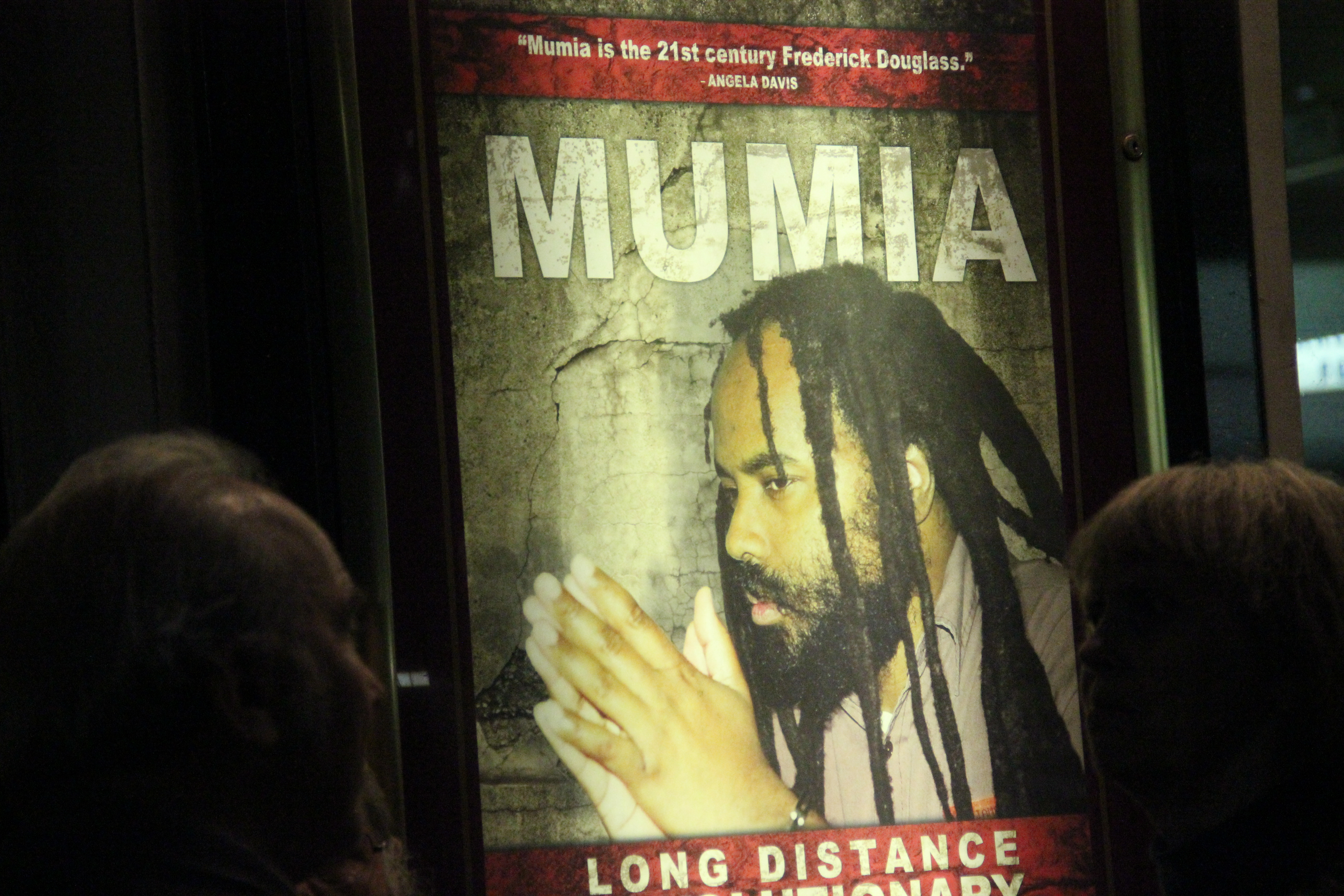 mumia abu jamalin mumias conviction there Nearly 1,000 people gathered at the national constitution center on friday night to mark the 30th anniversary of mumia abu-jamal's incarceration, and to continue to.