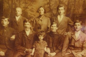 Eugenia Dallas and family